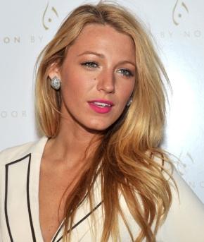 Blake Lively, a Gucci új illatának arca